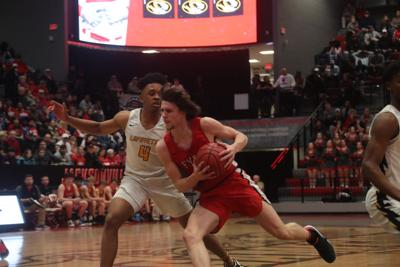 Bulldogs outpace Devils in Class 2A regional semifinals