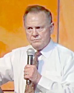 Moore takes DeKalb in runoff