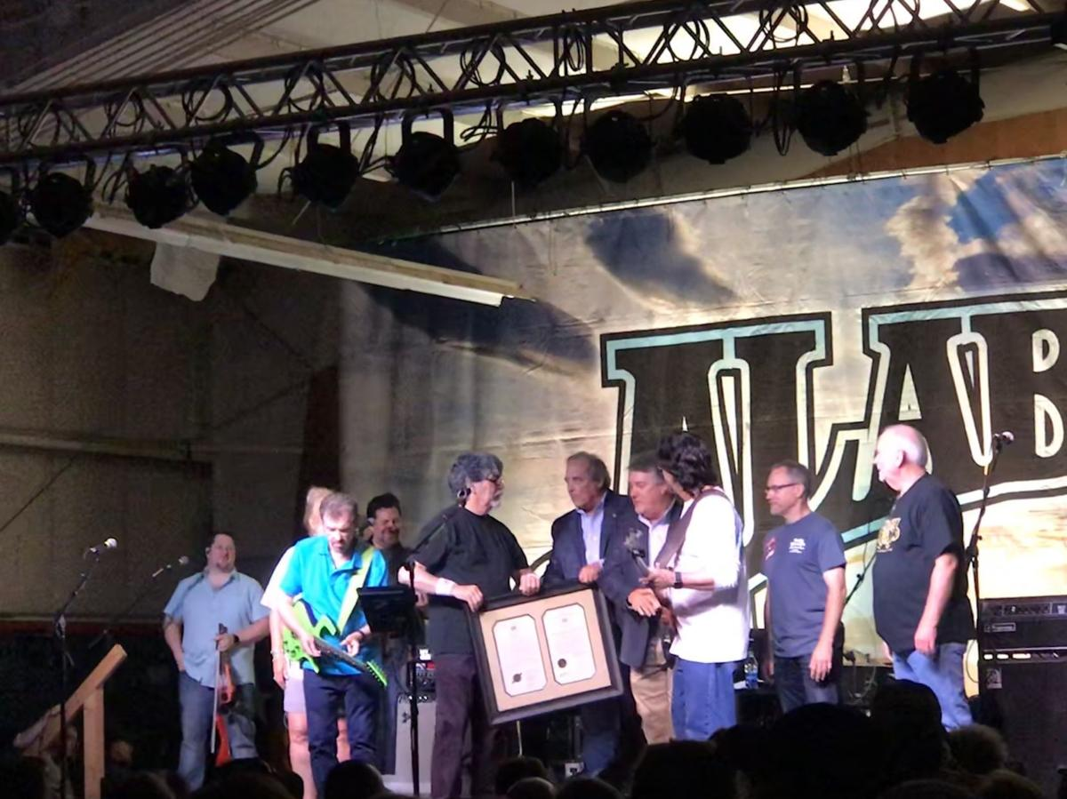 Country music legends celebrate 50th anniversary