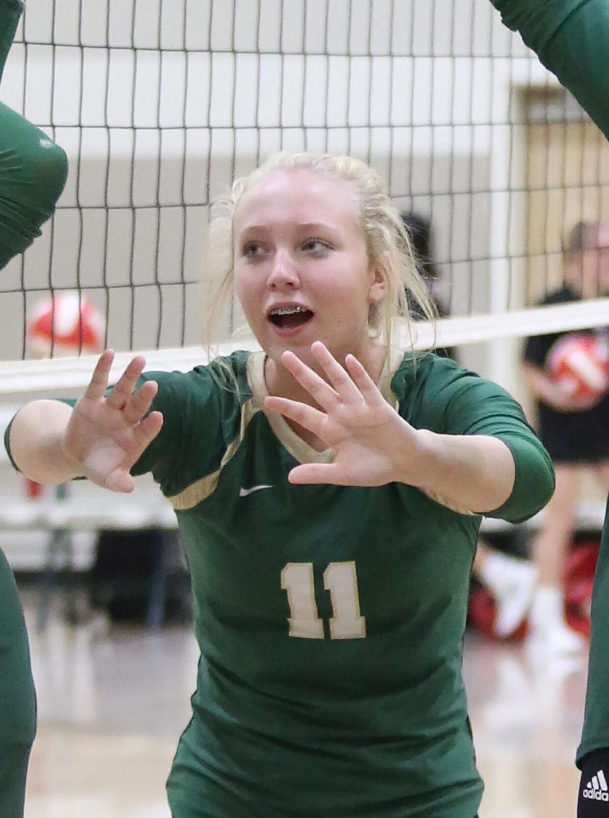 Collinsville sweeps tri-match at Sylvania