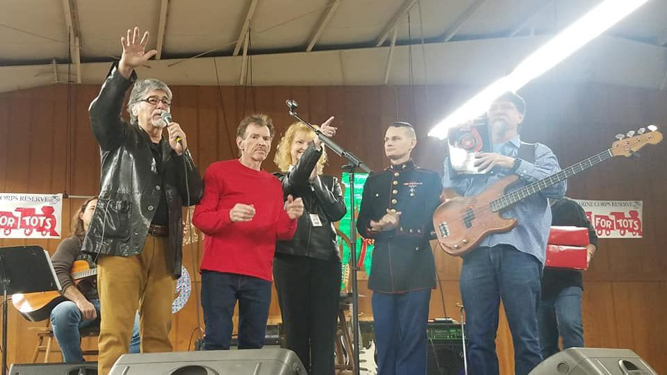 Southern stars shine on local  children for Toys for Tots campaign