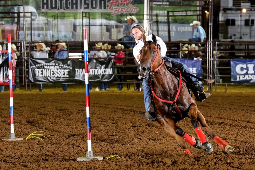 2 DeKalb County students compete at national finals rodeo