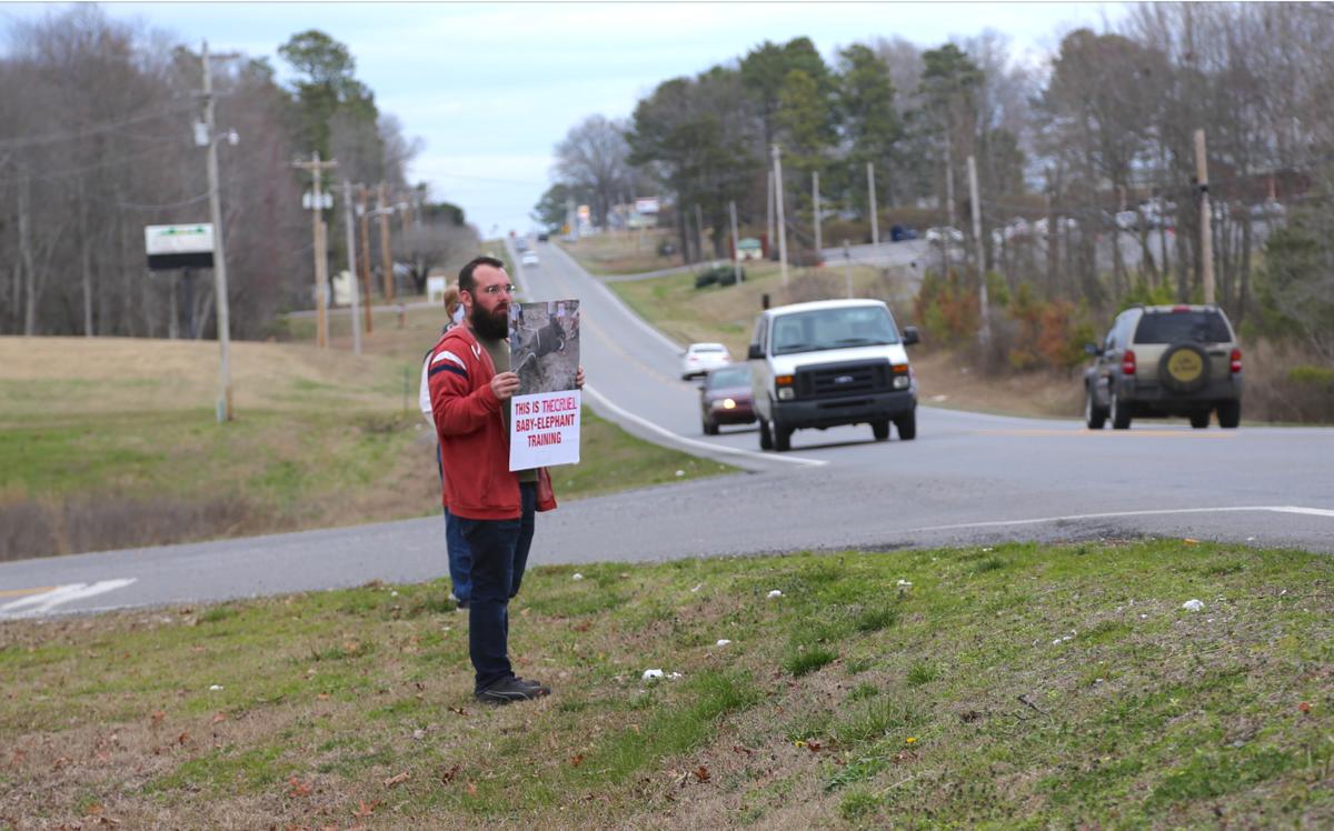 Protest held during Loomis Bros. Circus this week