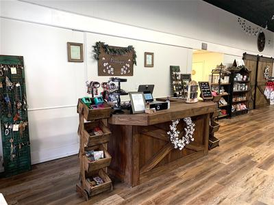 Fort Payne boutique moves around the corner