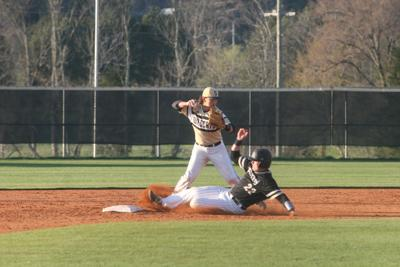 Fort Payne drops Area matchup