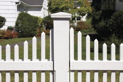 Where the white picket fence got its start in America