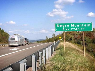 Negro Mountain signs removed