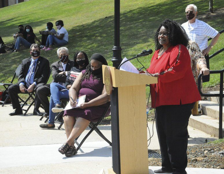 'Acknowledging the wrongdoings': Brownsville, Park Avenue monument dedicated at FSU