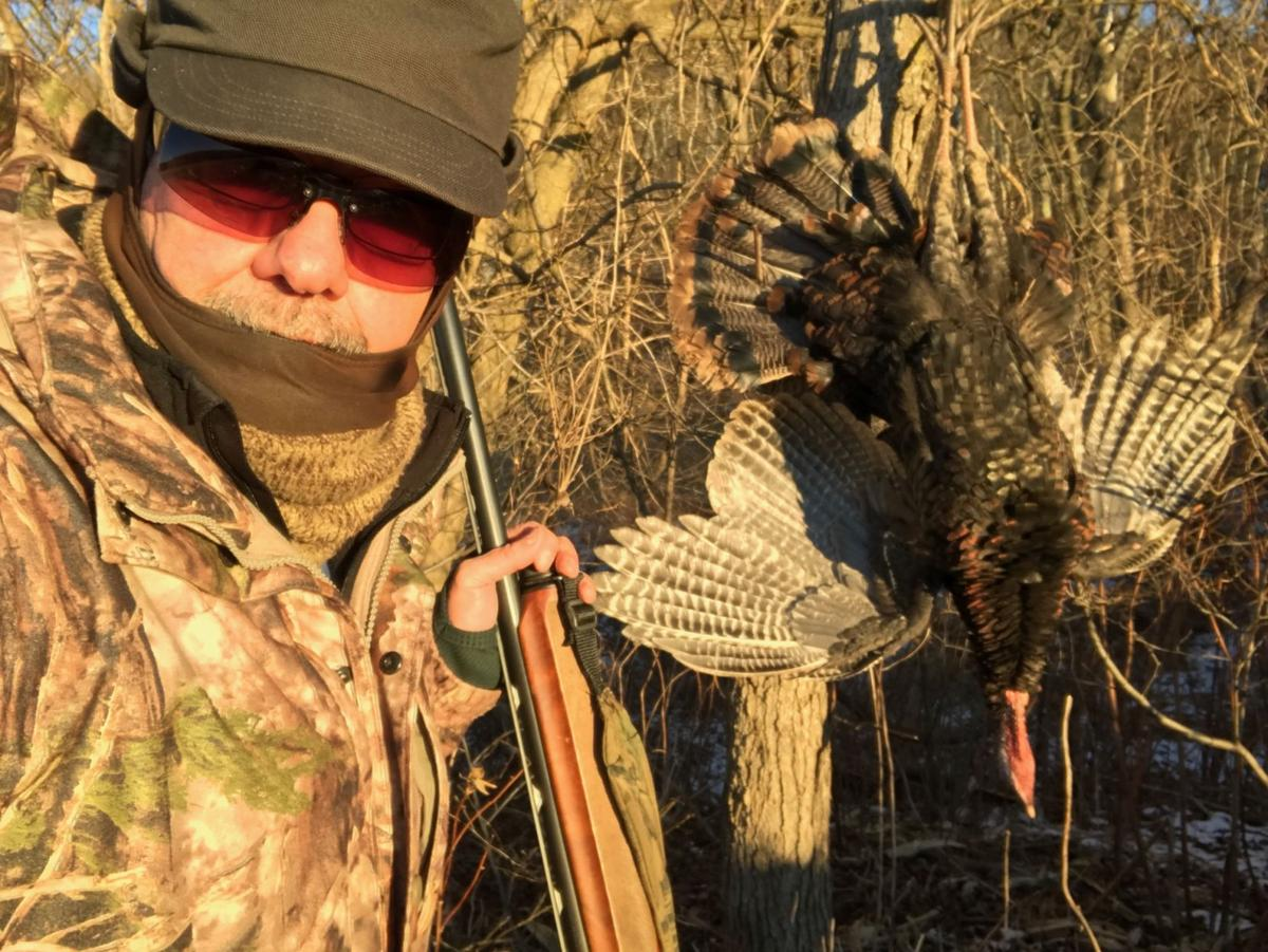 Mike Sawyers on gobbler getting: \'Maybe I better take one more peek ...