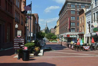 Downtown mall renovation project delayed