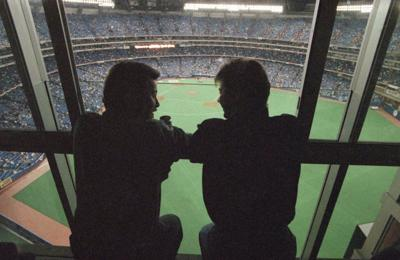 New knotholes: Good MLB views, if fans know where to look