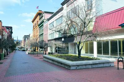 Cumberland votes to open longtime pedestrian mall to