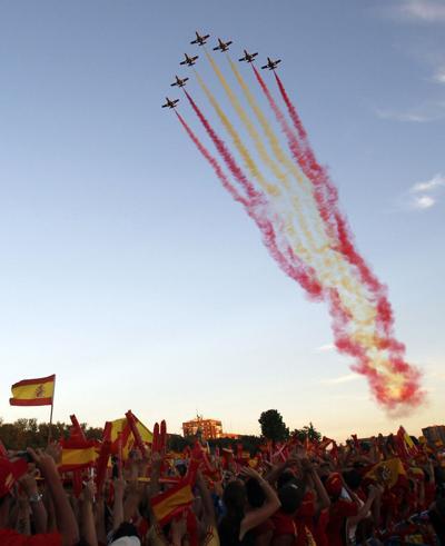 SPTS-SOC-WCup-Spain celebrates.jpg