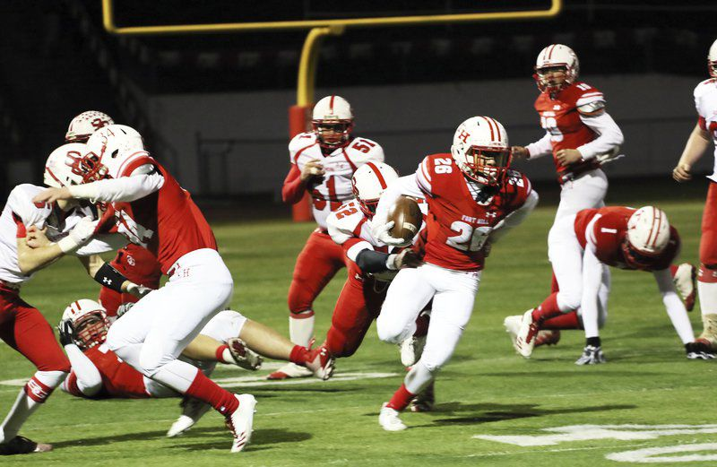 Fort Hill mows down Southern, 48-6