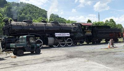 WMSR preparing steam engine for service