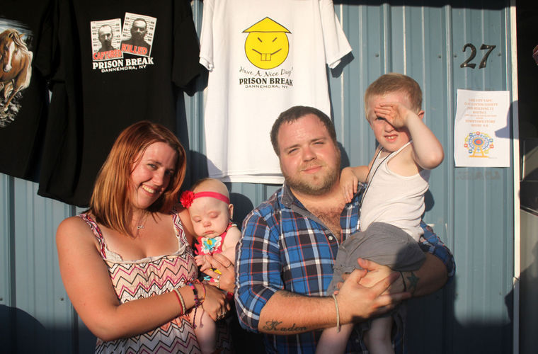 38bf9608 Prison escape T-shirts are a hot item at New York county fair   Don ...