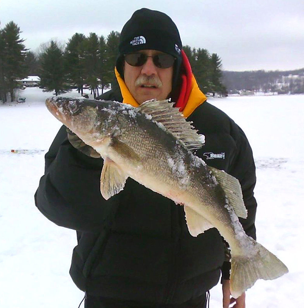 Anglers tackling ice fishing on deep creek lake local for Chicago fishing show
