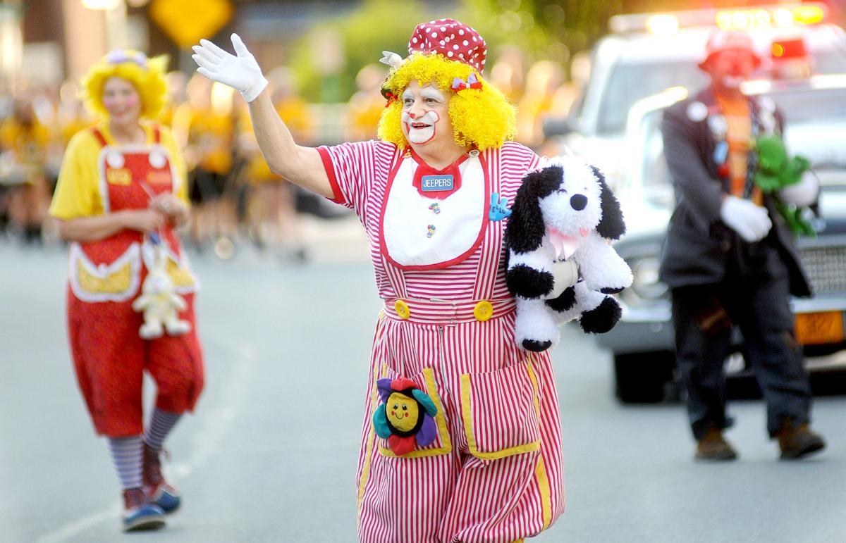 Ferndale jubilee parade clown