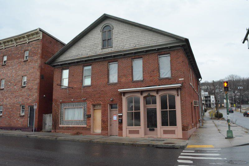 Historic storefront to be salvaged