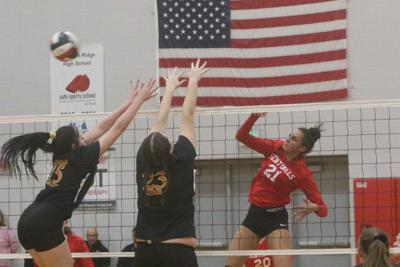 Fort Hill sweeps Mountain Ridge 3-0