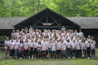 Washington church group helps park staff remove invasive species