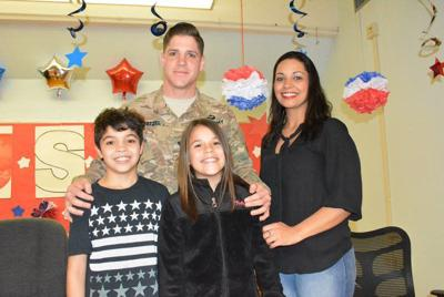 Army dad treats kids to surprise reunion at West Side