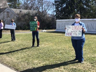 Teachers protest Vt. pension plan