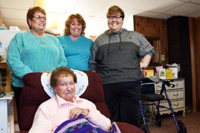 Evelyn Dot Aiken, Family
