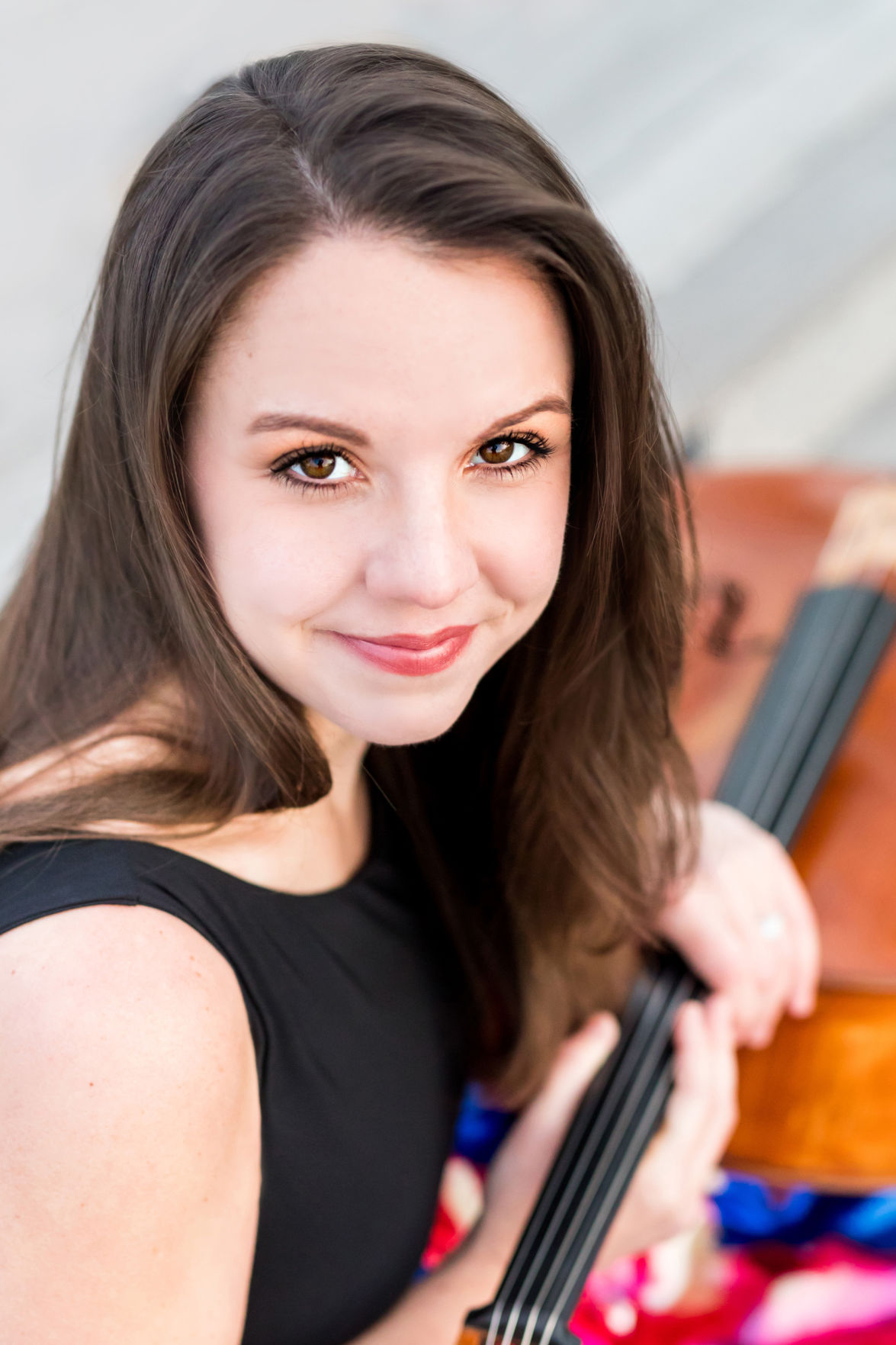 Cellist Emily Taubl
