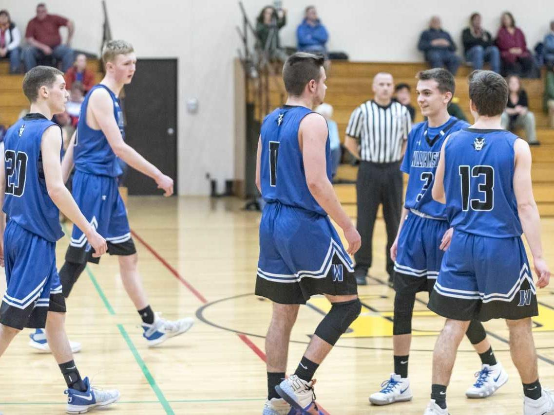Williamstown outlasts Oxbow, 74-60
