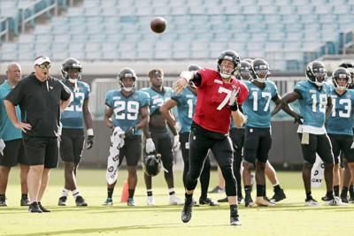 Joint Jags-Ravens practice goes smoothly for Foles