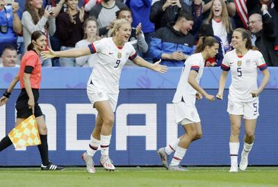 U.S. blanks Sweden, finishes atop group