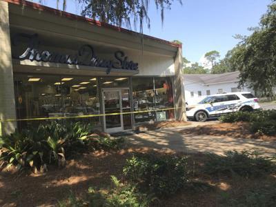 Gordon Avenue Thomas Drug Store burglarized during weekend