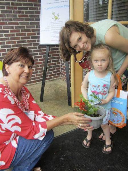 Thomasville Garden Club to host Standard Flower Show during Rose Show weekend