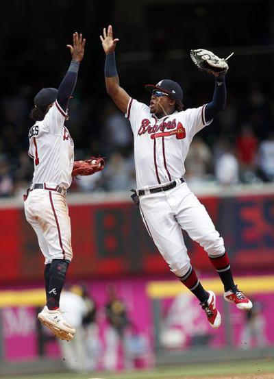 Braves roll to seventh straight win