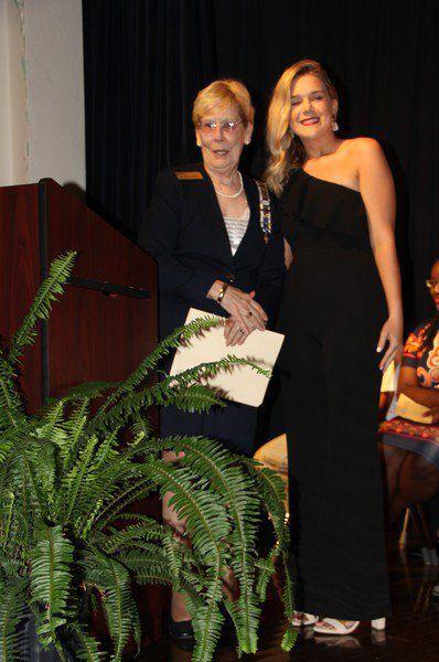 Humphries awarded annual DAR scholarship