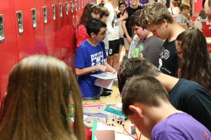 Latin Club holds mini-convention and fall forum