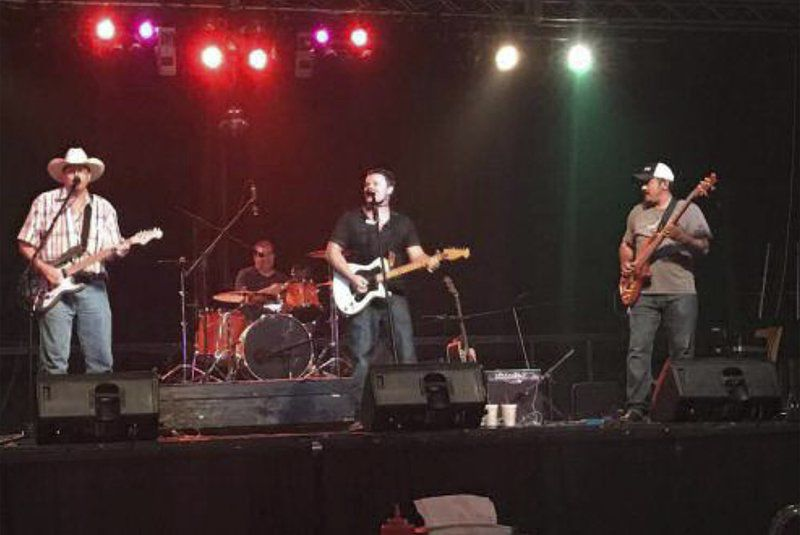 Mainstream Band to highlight Sip and Stroll