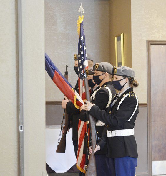Kiwanis Club honors veterans