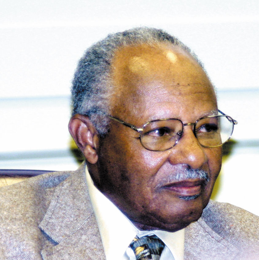 Dr. Earl Williams Jr.