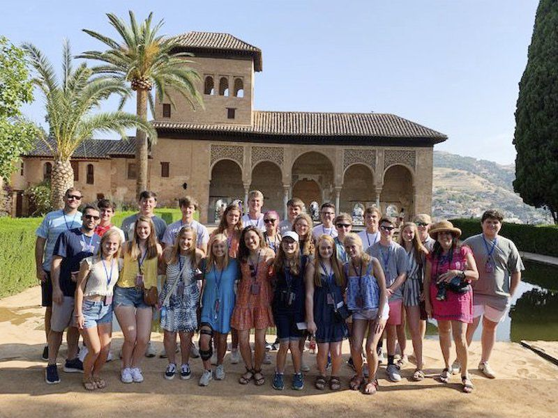 A cultural and learning experience as Brookwood students tour España