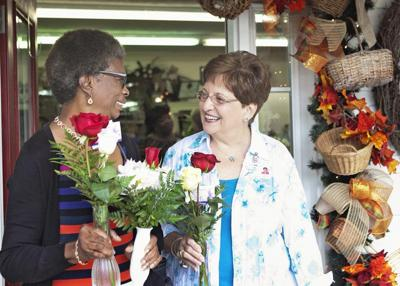 Archbold Hospice volunteers give back