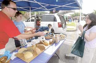 Local farmers market owners upset about pending regulations