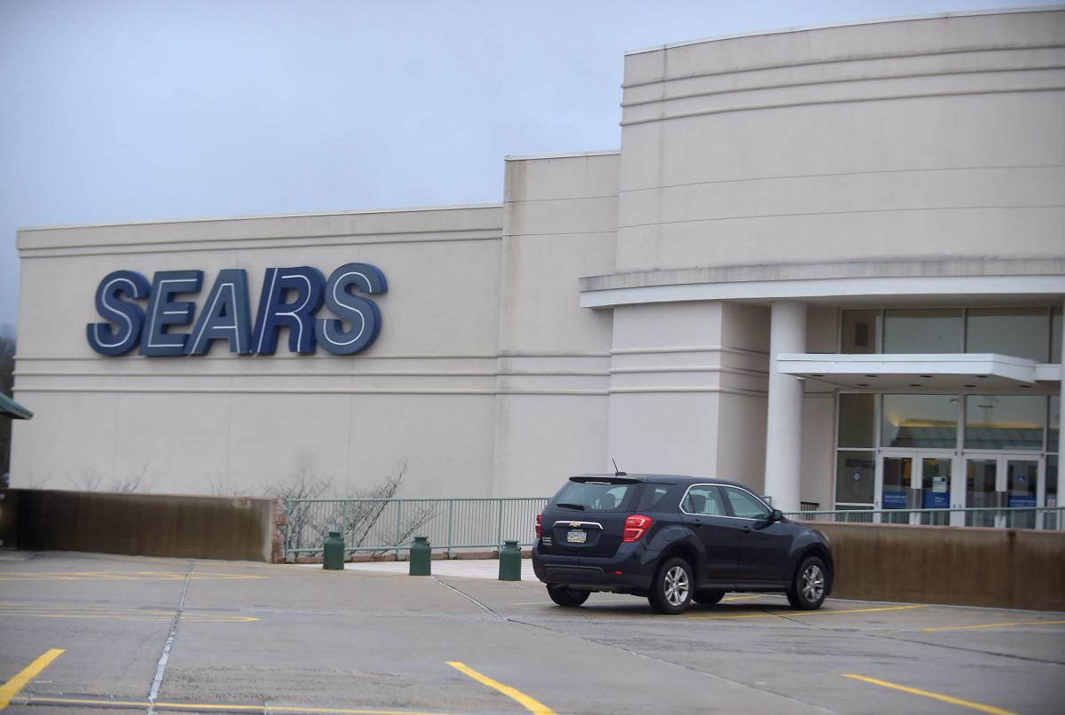 Sears gets another reprieve from liquidation