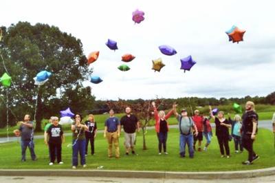 Aldridge family release balloons in memory of loved ones