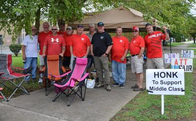 Local communication workers participate in multi-state strike