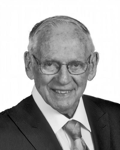 Robert L. 'Bob' Watson