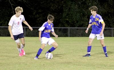 Boys' soccer falls in District 7 tournament