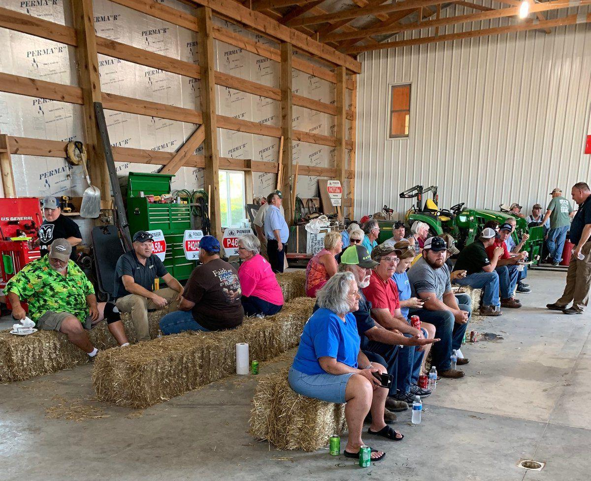 Corn and bean field day at Dunbar Farms