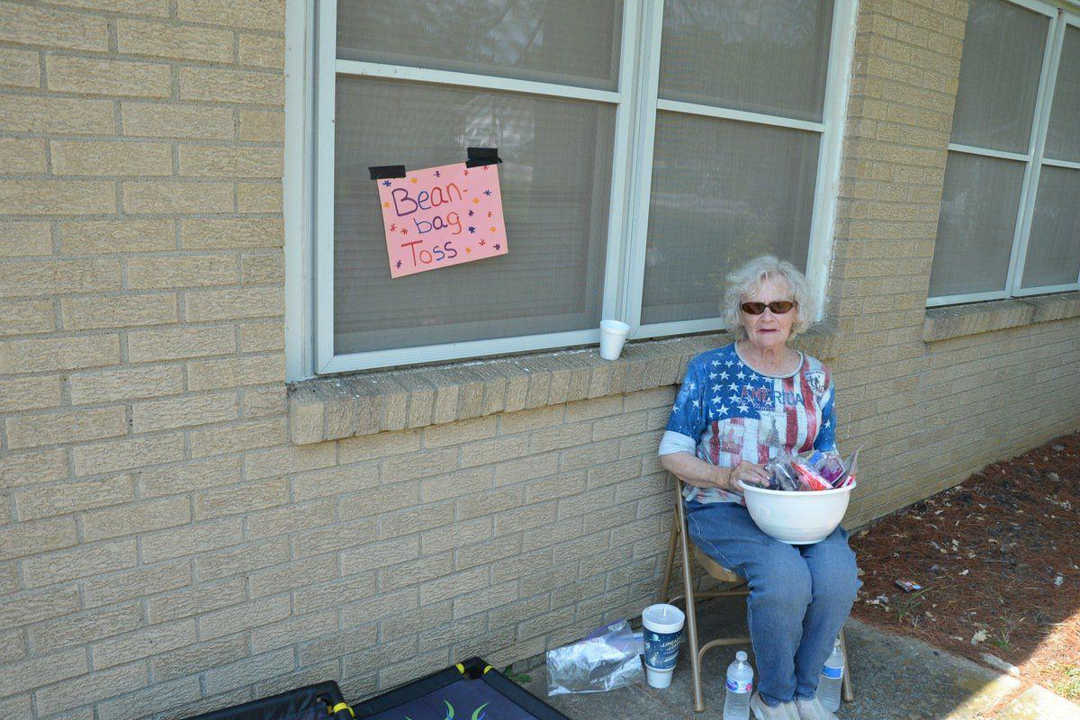 Hillview Housing Authority holds carnival